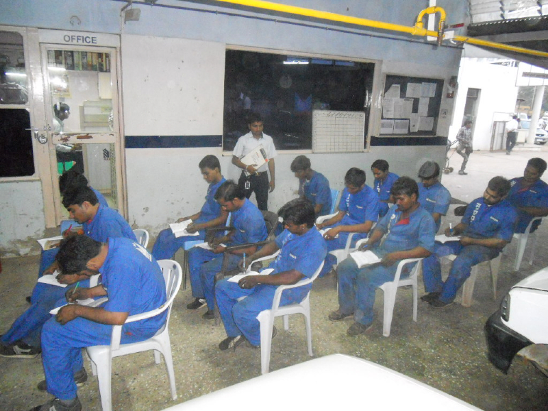 Riddhi - Maruti Authorised Service Station : Workers Training