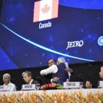 Mukesh Ambani congratulates Shri narendra Modi at 6th Vibrant Gujarat Global Summit 2013- Mahatma Mandir, Gandhinagar