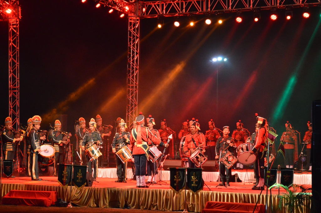 Indian Army & BSF Band at Vibrant Gujarat 2015, Swarnim Park